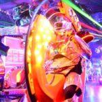 海外「日本のロボットレストラン面白すぎ」外国人興味津々!