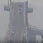 海外「感動した!」ジェットコースター並みに傾いている日本の橋に外国人から驚きの声!