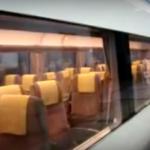 海外「まさに日本だ!」座席が自動回転する日本の電車に外国人から驚きの声!