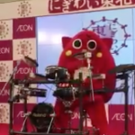 海外「日本は奇妙な国だ」日本のゆるキャラのドラム演奏の上手さに外国人から驚きの声!