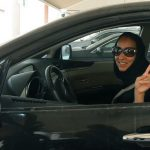 海外「21世紀へようこそ!」サウジで女性の車の運転が解禁に海外から祝福の声!