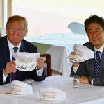 海外「ドナルドとシンゾーは日米同盟をより偉大にする!」日米友好の帽子に外国人興味津々!