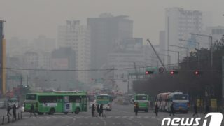 韓国人「損害賠償するべきだよ!」中国発の微細粉塵に韓国人から抗議の声
