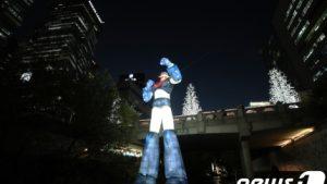 韓国人「恥ずかしい!テコンVはマジンガーZの盗作!ソウルに巨大テコンV像が登場」の声